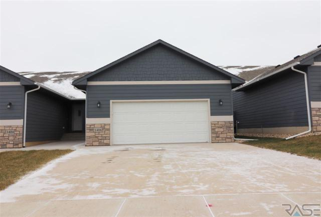 1406 S Thecla Ave, Sioux Falls, SD 57106 (MLS #21804065) :: Tyler Goff Group