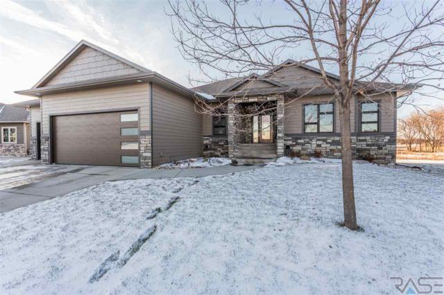 7901 S Pinewood Ave, Sioux Falls, SD 57108 (MLS #21806611) :: Tyler Goff Group
