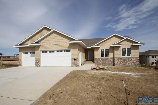 4304 N Astoria Dr, Sioux Falls, SD 57107 (MLS #22001180) :: Tyler Goff Group