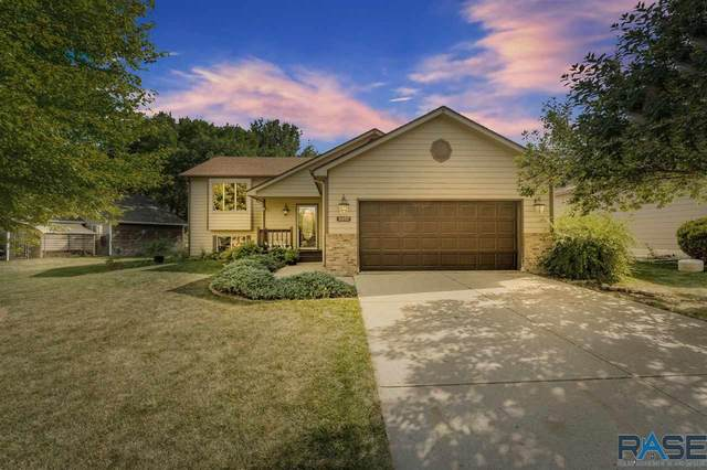 5007 W 55th St, Sioux Falls, SD 57106 (MLS #22005245) :: Tyler Goff Group