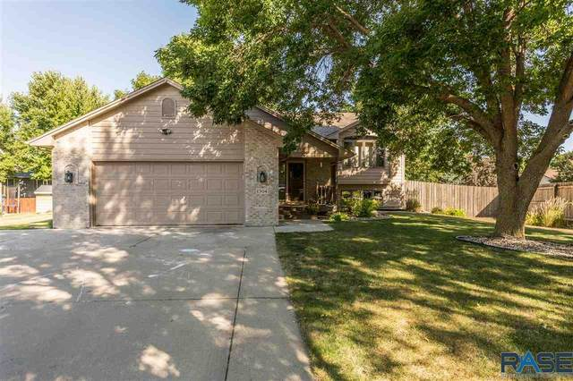 1304 S Snowberry Trl, Sioux Falls, SD 57106 (MLS #22005275) :: Tyler Goff Group