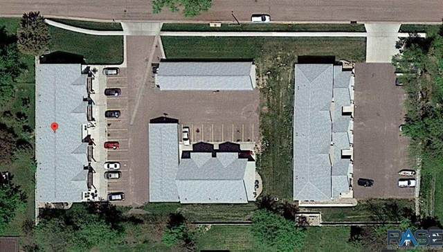 203 E 5th St, Hartford, SD 57033 (MLS #22005469) :: Tyler Goff Group