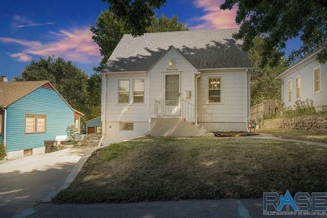 720 S Willow Ave, Sioux Falls, SD 57104 (MLS #22005606) :: Tyler Goff Group