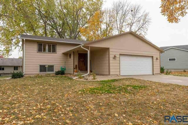 5501 W Bluestem St, Sioux Falls, SD 57106 (MLS #22006480) :: Tyler Goff Group