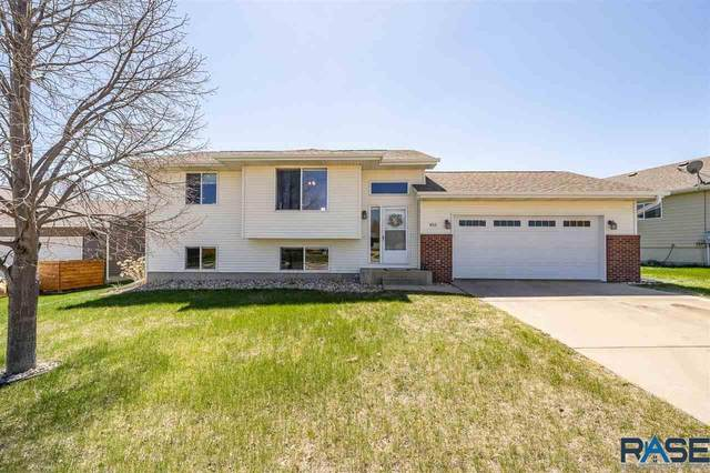 4513 W Panda Dr, Sioux Falls, SD 57107 (MLS #22102252) :: Tyler Goff Group