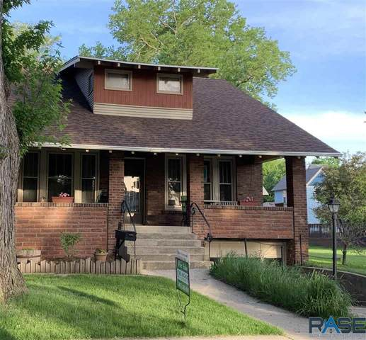 211 N Freeman Ave, Luverne, MN 56156 (MLS #22102658) :: Tyler Goff Group