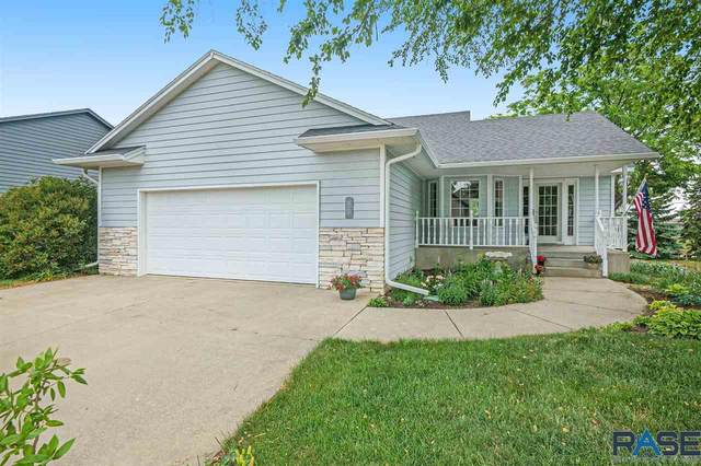 4108 S Bedford Ave, Sioux Falls, SD 57103 (MLS #22103412) :: Tyler Goff Group