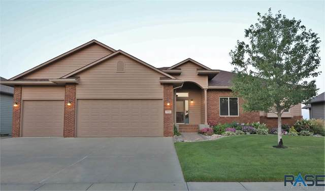 7916 S Grass Creek Dr, Sioux Falls, SD 57108 (MLS #22105330) :: Tyler Goff Group