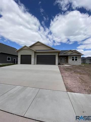 920 S Torrey Pine Ln, Sioux Falls, SD 57110 (MLS #22000268) :: Tyler Goff Group