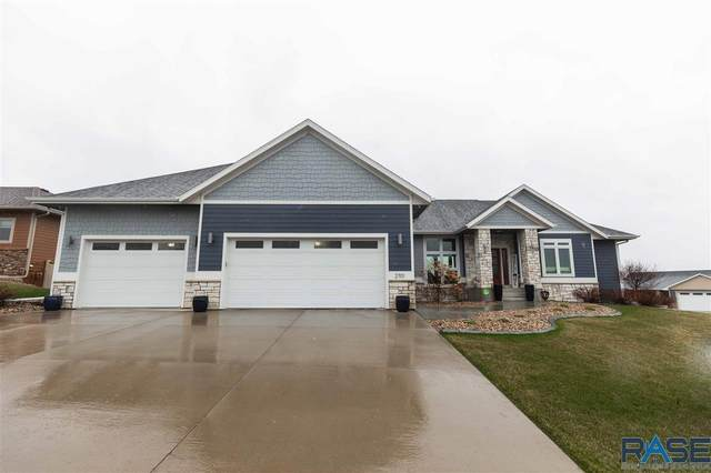 2701 S Moss Stone Ave, Sioux Falls, SD 57110 (MLS #22101768) :: Tyler Goff Group