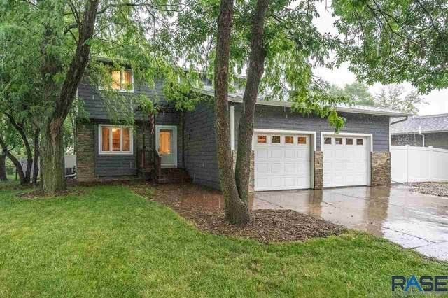 2712 E 52nd St, Sioux Falls, SD 57103 (MLS #22004855) :: Tyler Goff Group