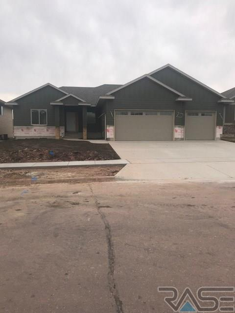 6225 S El Dorado Ave, Sioux Falls, SD 57108 (MLS #21707167) :: Tyler Goff Group