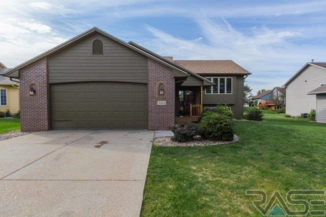 3212 S Grace Ave, Sioux Falls, SD 57103 (MLS #21707177) :: Tyler Goff Group