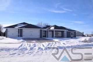 1508 Holiday Dr, Canton, SD 57013 (MLS #21800940) :: Tyler Goff Group