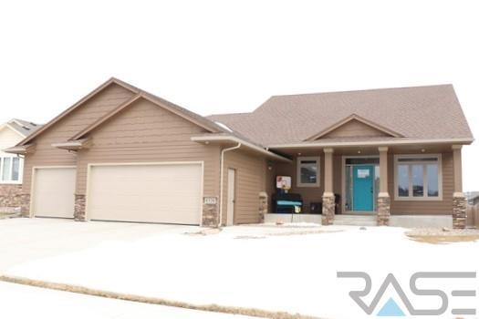 6328 S Badlands Ct, Sioux Falls, SD 57108 (MLS #21802114) :: Tyler Goff Group