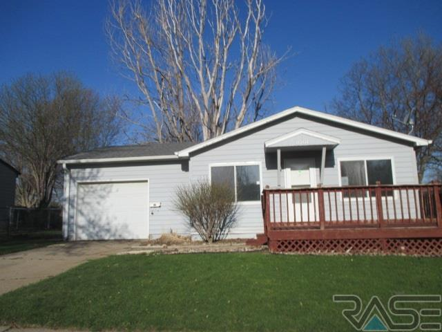 1001 S Cloudas Ave, Sioux Falls, SD 57103 (MLS #21802906) :: Tyler Goff Group