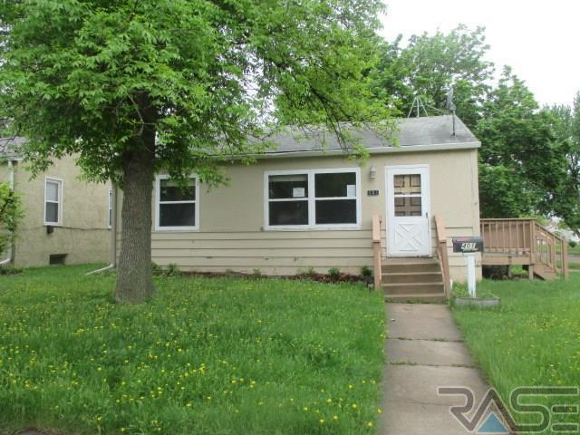 401 S Omaha Ave, Sioux Falls, SD 57103 (MLS #21803035) :: Tyler Goff Group