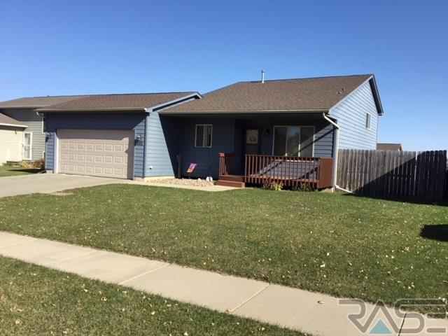 520 S Wheatland Ave, Sioux Falls, SD 57106 (MLS #21806671) :: Tyler Goff Group