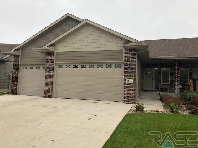 2607 E Whisper Trl, Sioux Falls, SD 57108 (MLS #21806674) :: Tyler Goff Group