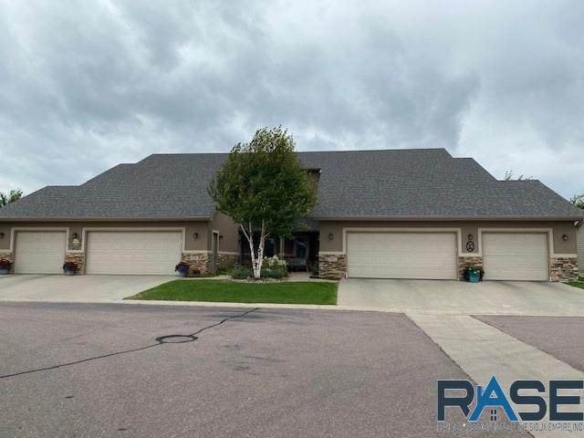 6417 S Vintage Pl, Sioux Falls, SD 57108 (MLS #22004903) :: Tyler Goff Group