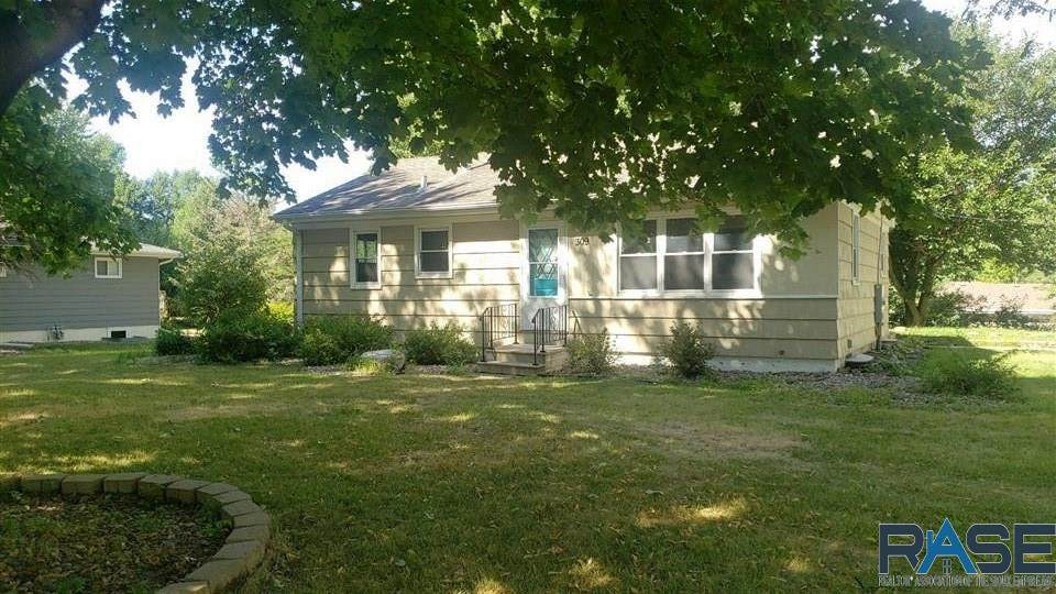 309 6th Ave - Photo 1