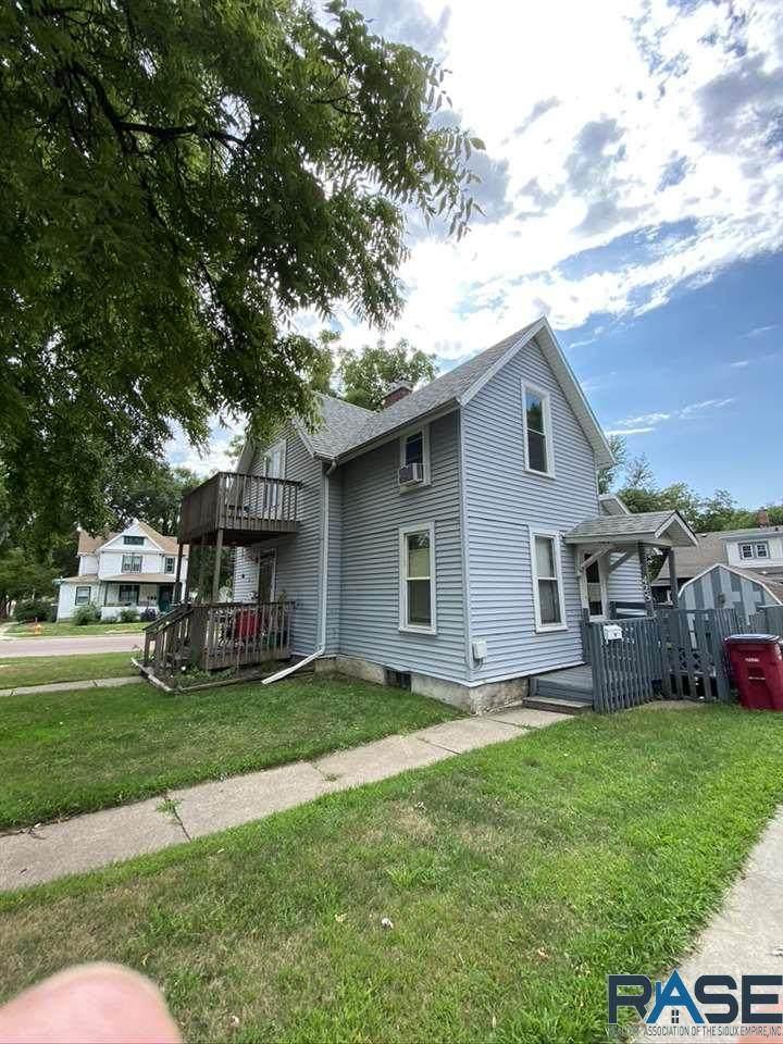 425 Prairie Ave - Photo 1