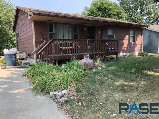 204 E Cedar St, Brandon, SD 57005 (MLS #22005838) :: Tyler Goff Group