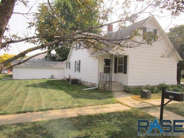 104 S Broadway Ave, Marion, SD 57043 (MLS #22005932) :: Tyler Goff Group