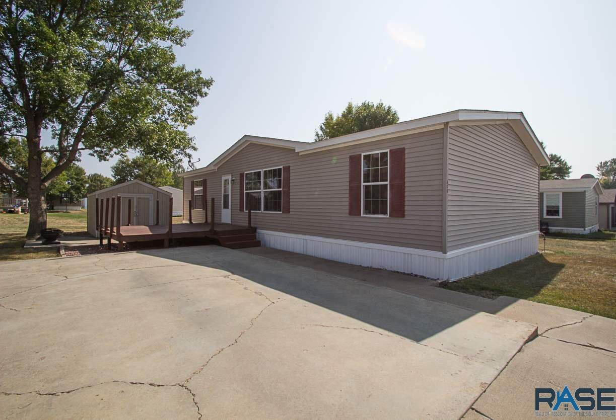 808 Nunda Pl - Photo 1
