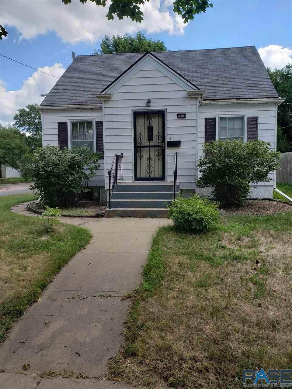 1124 Duluth Ave - Photo 1