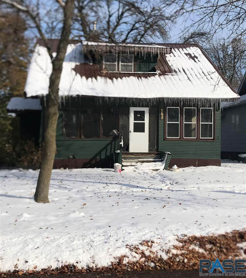 203 4th Ave - Photo 1