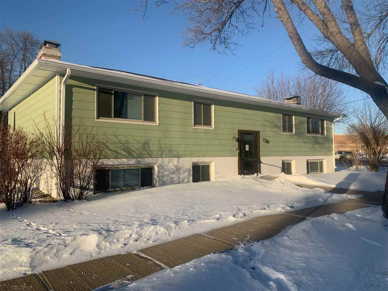 3005 Cliff Ave - Photo 1