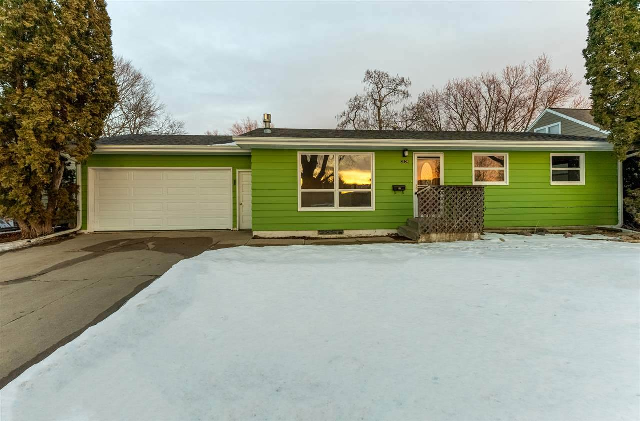 3104 4th Ave - Photo 1