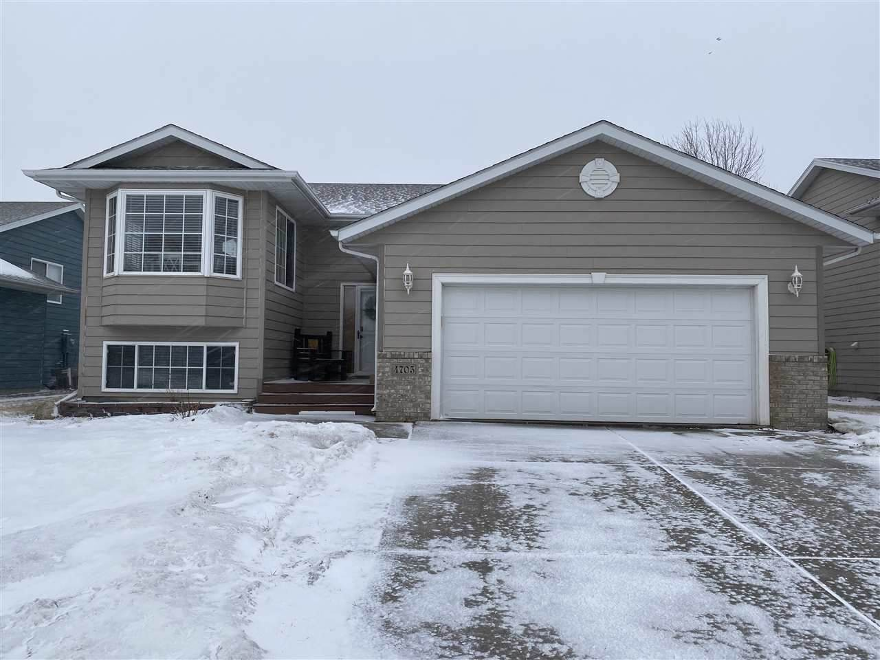 4705 Equity Dr - Photo 1