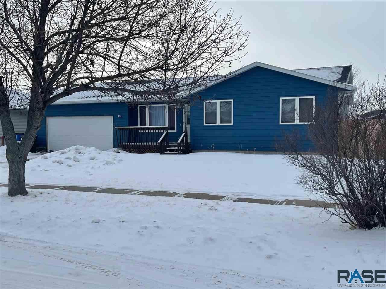 525 Kevin Dr - Photo 1