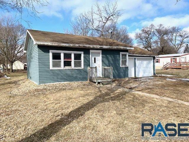 331 Iowa St, Centerville, SD 57014 (MLS #22100863) :: Tyler Goff Group