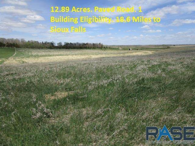 26947 451st Ave, Parker, SD 57053 (MLS #22102331) :: Tyler Goff Group
