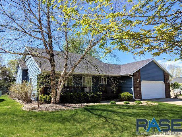 6601 S Crane Ave, Sioux Falls, SD 57108 (MLS #22102381) :: Tyler Goff Group