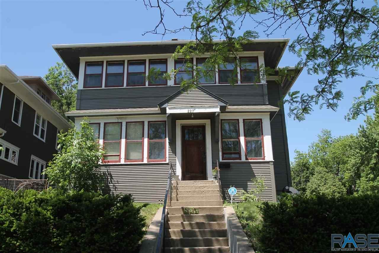 227 Spring Ave - Photo 1