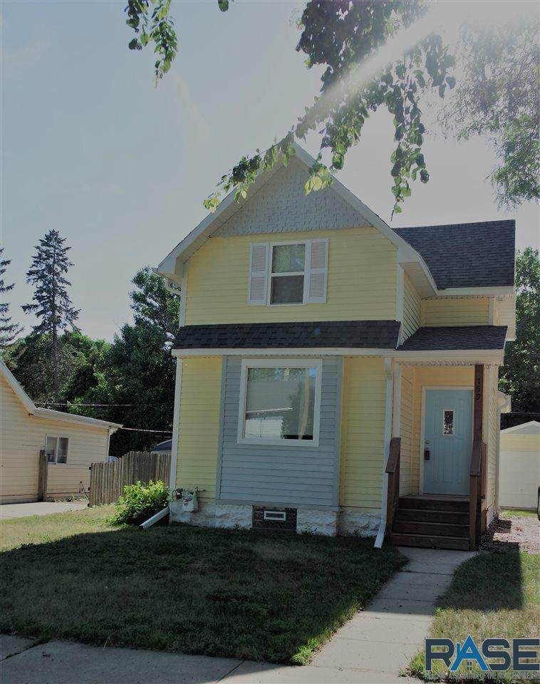 759 4th Ave - Photo 1
