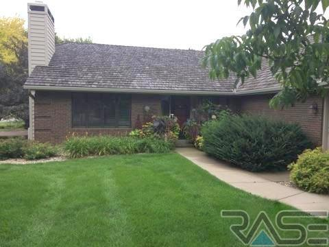 501 W Sweetbriar Pl, Sioux Falls, SD 57108 (MLS #21801724) :: Tyler Goff Group