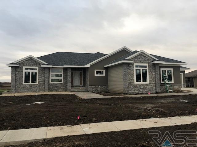 1813 W 88th St, Sioux Falls, SD 57108 (MLS #21806742) :: Tyler Goff Group