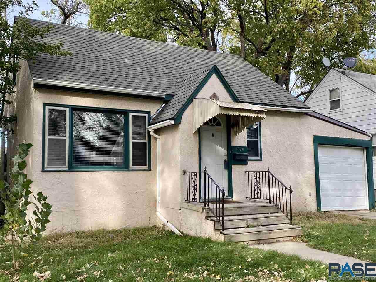1328 Sioux St - Photo 1
