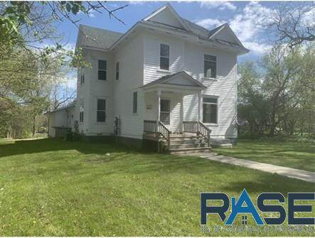 204 Broad Ave - Photo 1