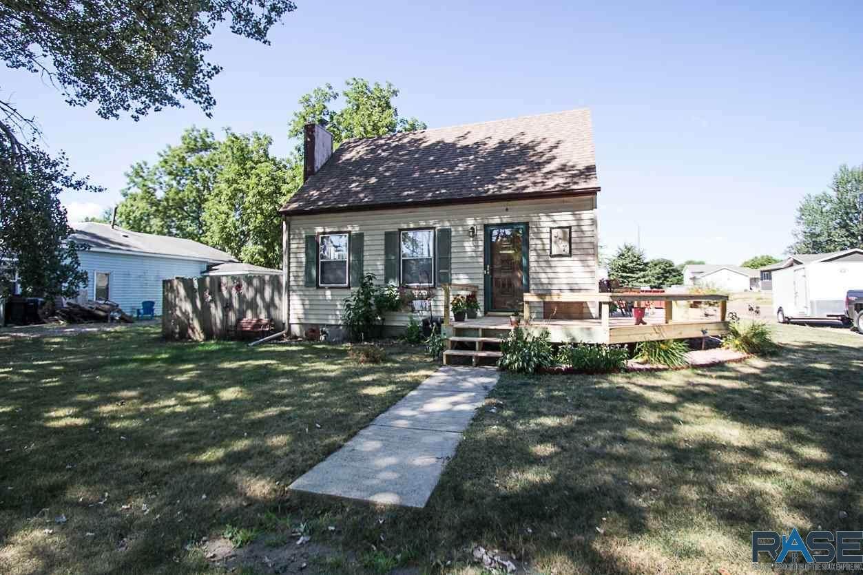 307 Oak Ave - Photo 1