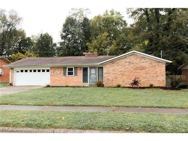 1911 Beechlawn, Clarksville, IN 47129 (MLS #2017010121) :: The Paxton Group at Keller Williams