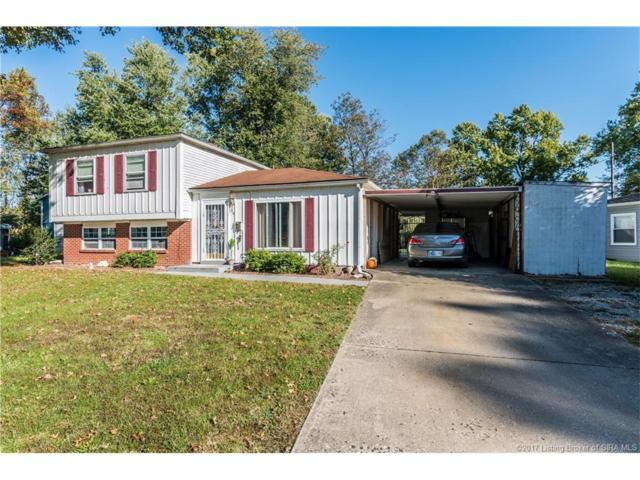 914 Holly Drive, Jeffersonville, IN 47130 (MLS #2017010194) :: The Paxton Group at Keller Williams