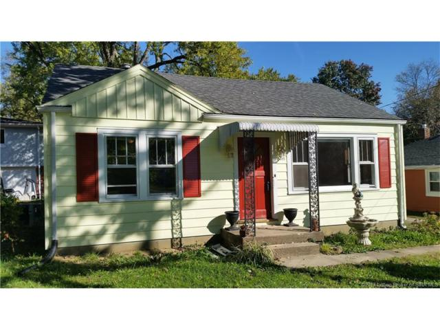 2410 Jollissaint Avenue, New Albany, IN 47150 (MLS #2017010205) :: The Paxton Group at Keller Williams