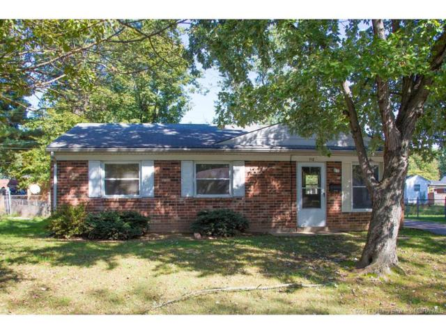 712 Goyne Avenue, Jeffersonville, IN 47130 (MLS #2017010258) :: The Paxton Group at Keller Williams