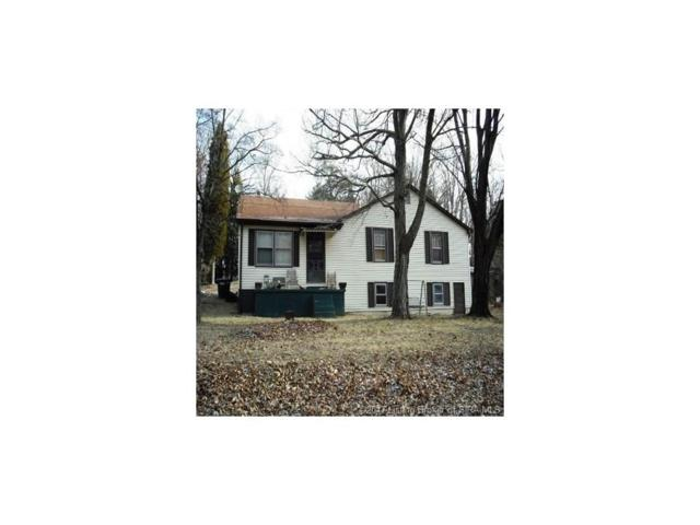 718 Hwy 160, Charlestown, IN 47111 (MLS #201706943) :: The Paxton Group at Keller Williams